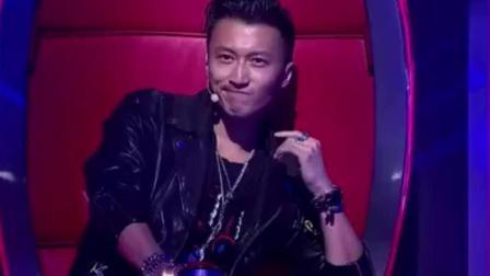 《中国好声音》里被剪掉的最好听的一首歌, 只有一位导师为他转身