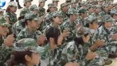 """踹鼻扣眼踢要害!郑州高校上演""""凶残""""一幕!200多名女生围观!"""
