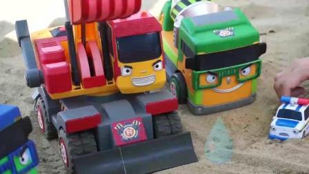 儿童汽车玩具工程车巴士大冒险