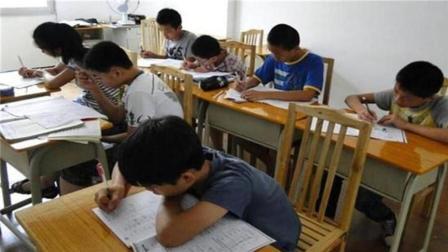 照理说事 孩子一年补课费要花5万多  普通家庭如何承受