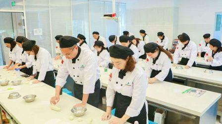 学蛋糕学面包西点蛋糕培训学校 面包教学 西点烘焙 蛋糕培训西点蛋糕教学