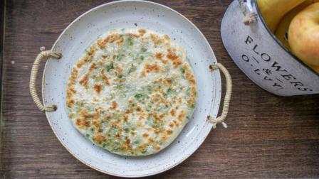 我的日常料理 第一季 超详细步骤教你制作家庭版低油更健康美味的葱油饼