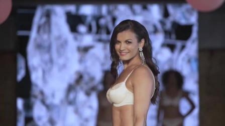 FELINA CONTURELLE 哥伦比亚时装周内衣秀, 爱笑的超模, 总能赢得掌声!