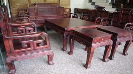 为什么红木家具要拼版制作 而不是整木板做成 今天算长见识了
