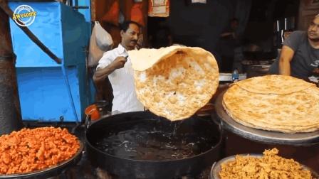 印度街头美食: 手搓冰棒, 油炸这么大块饼, 面包烤下就能吃了