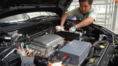 新能源汽车电池一般能用多久? 更换一块电池, 到底有多贵?