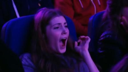 最刺激的魔术表演, 现场观众都吓呆了!