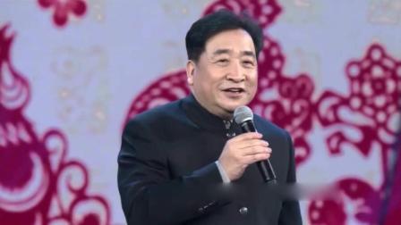 姜昆发文悼念师胜杰: 相声未说完 为何下台鞠躬?