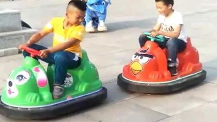广州月腾游乐  塑钢外壳儿童碰碰车 性价比之王 游乐场商场游乐园赚钱出租利器