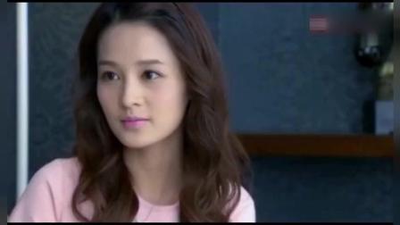 情满雪阳花: 闺蜜跟前男友结婚, 女孩全场微笑着参加婚礼, 好心酸!