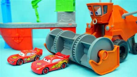 赛车总动员麦昆的弗兰克玩具汽车总动员