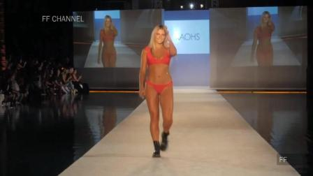 Kaohs 伦敦时装周泳装秀, 金发超模倾情走秀, 步伐轻盈动人!