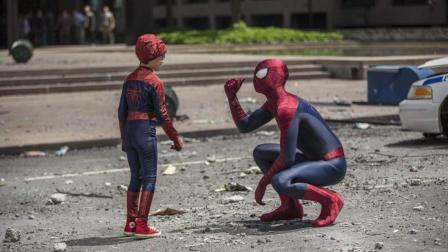 这个细节突出漫威里的两极分化, 蜘蛛侠穷光蛋, 钢铁侠高富帅