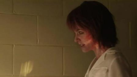 辣妹派对秒变身女魔, 追杀托尼历经危险重, 机智脱身!