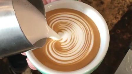 爱心咖啡拉花技巧教程2