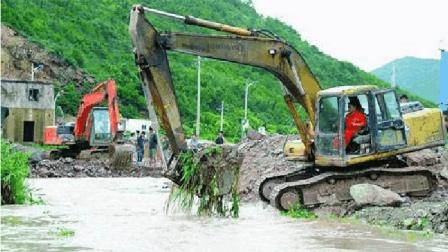 美国这一物种在中国泛滥, 这次换我们头疼了! 挖掘机都用上