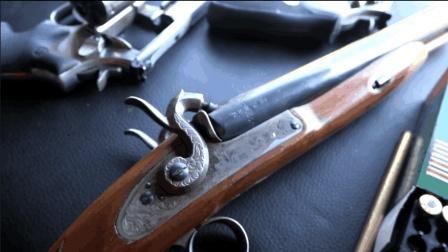 早期的双管猎枪加弹有多麻烦? 射击只要几秒钟 加弹需要十几分钟