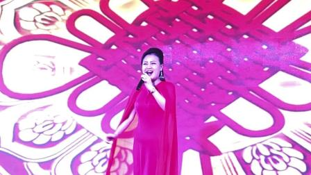 青年歌手杨萍《欢聚一堂》
