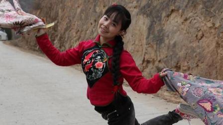 我的妈呀! 王二妮又唱肉麻歌了, 真不知怎么开得了口, 有胆你就听吧
