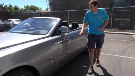 价值500万的劳斯莱斯跑车, 打开无框车门后才明白什么叫豪车