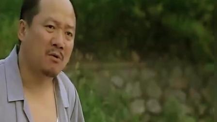 谢广坤生刘能的气, 经过刘能家往刘能院子里扔瓶子