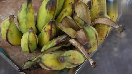 柬埔寨食品街-芝麻香蕉煎饼