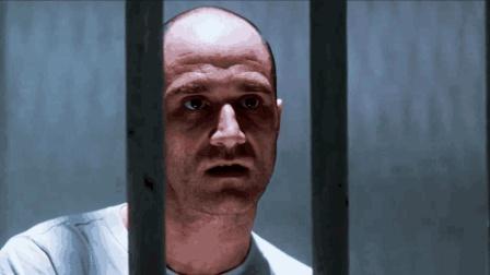 男子1句话, 引发30年前警察自杀真相! 1部高分恐怖片《夺命感应》