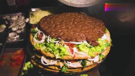 用披萨饼叠成的超大汉堡, 这吃法好特别