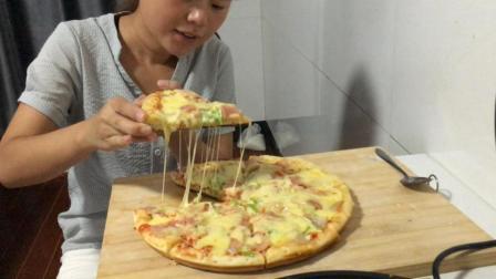 想吃披萨又没有烤箱怎么办, 电饼铛也可以做简易披萨, 美味又实惠