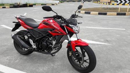 只要国产, 必定爆卖! 小排量本田CB150R摩托车, 只要2万元