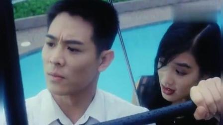 李连杰 在这部电影里面 铁汉柔情, 太帅了