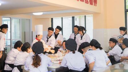 一般学烘焙要多少钱 面包教学  西点烘焙 学做蛋糕蛋糕培训班 蛋糕教学