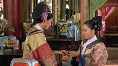 甄嬛传: 皇后至死不知, 滴血认亲时, 甄嬛为何用树叶包裹住指甲?