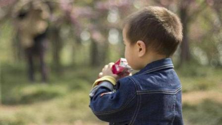2岁男孩不幸丧命, 竟然是因为吃了妈妈买的这种水果, 家长注意!