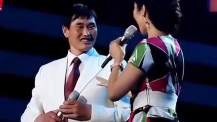 大衣哥朱之文换新搭档了, 一首情歌唱得太抒情, 太好听了
