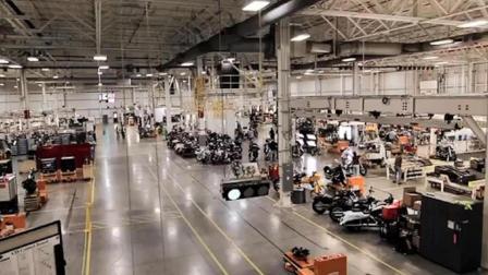 美国哈雷摩托车新一季销售产量72593辆, 较上期相比下降11.3%!