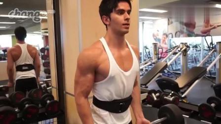 健身励志: 瘦成皮包骨, 三年增肌之路!