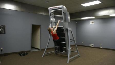 世界上最神奇的健身器, 只有九阶楼梯却永远爬不到头!