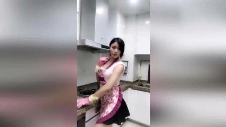 这样的老婆肯定有有女人味!