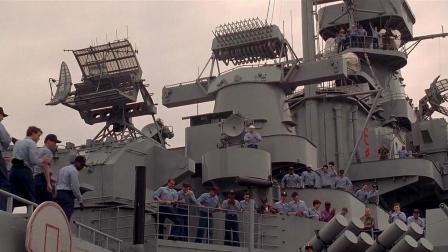 这部现代战争大片威猛异常, 直接请出来密苏里号战列舰实拍