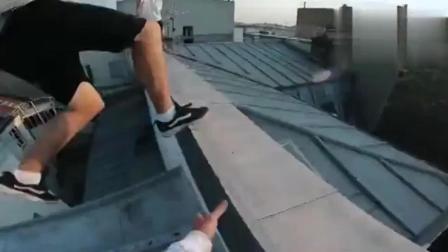 看外国牛人的极限跑酷 屋顶挑战飞檐走壁