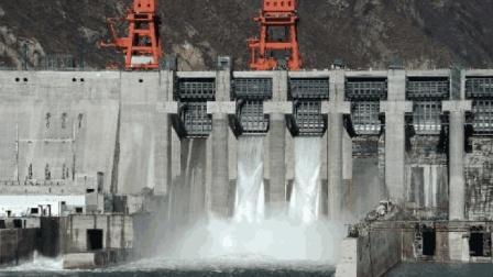 继三峡水电站之后, 中国又诞生一个世界级水电站, 印度却不乐意了!