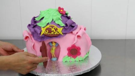 意想不到吧? 这么美腻的魔法屋可不是玩具, 是牛人做的创意翻糖蛋糕
