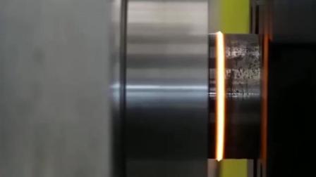 摩擦焊接工艺, 高度旋转过程太厉害了! 已经很罕