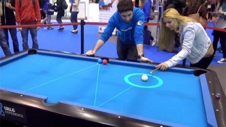 现实版台球辅助线, 显示击球轨迹, 妹子也能一杆进洞!