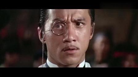 成龙年轻时的一部经典动作片, 当年的香港电影就是精彩