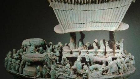 云南村民深山挖出重宝, 考古专家闻讯赶来, 连夜