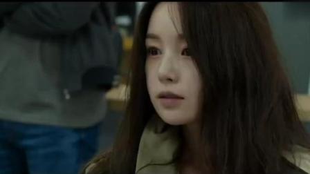 几分钟速看韩国悬疑片《幻视》: 血的教训告诉你, 开车时不能去吻副驾驶的女孩