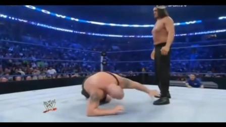 WWE美国职业摔跤大赛 卡里大秀哥对决 无人敢阻拦