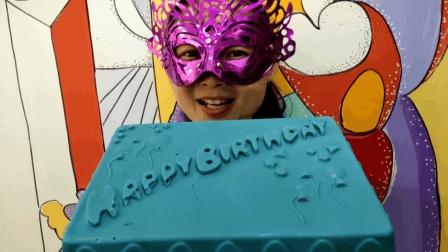 """妹子试吃""""生日蛋糕巧克力"""", 这么漂亮的蛋糕你吃过没? 听说很脆"""
